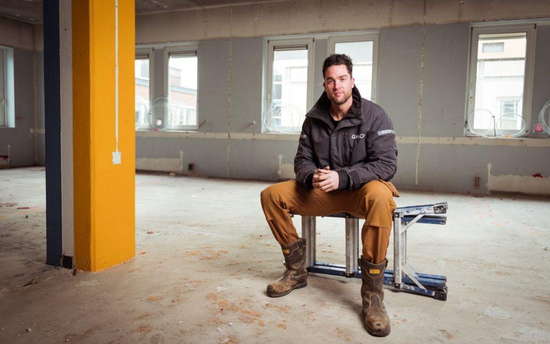 """Grehamer & Company's projectcoördinator Jos de Jong over De Brinkhof: """"een redelijk verwaarloosd pand leent zich er natuurlijk voor om er iets moois van te maken"""""""